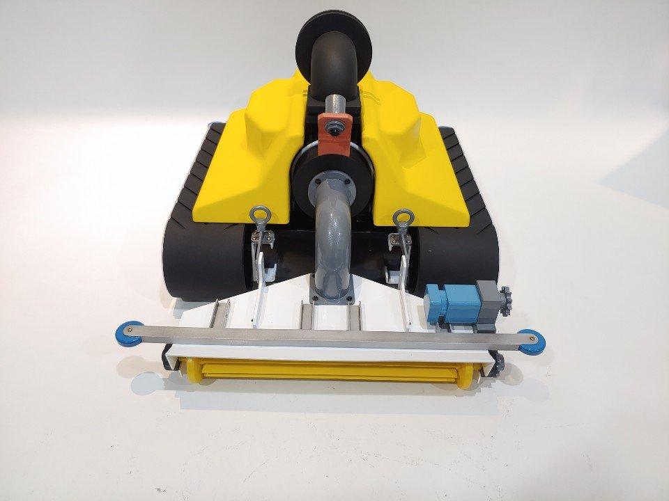 청소 로봇 모형